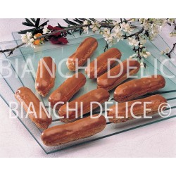 16 ECLAIRS CAFE